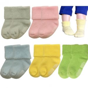 Medias recién nacido, variedad de colores