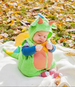 Lindo bebe dinosaurio