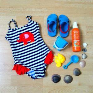 Novedoso ropa de baño niña rayado color azul