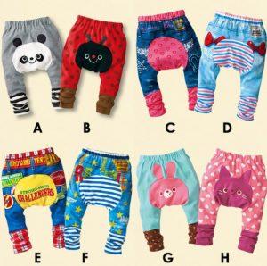 51b557a3f Graciosos pantalones de bebe con diseño en el potito - Ropas Para Bebe