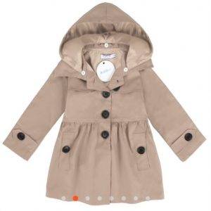 Abrigo niña con capucha color beis
