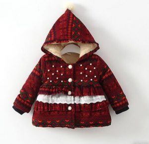 Abrigo niña estilo navideño