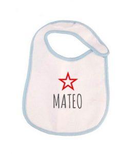 """Babero con nombre de bebe """"Mateo"""""""