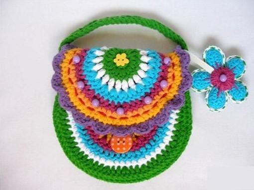 cartera tejida modelo de flores