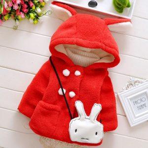 Lindo abrigo niña color rojo