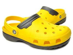 Estilo clasico, Crocs color amarillo
