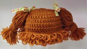 Gorro peluca de lana color marron
