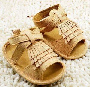 Sandalia para bebe color beis