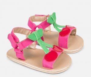 Sandalia para bebe modelo cereza