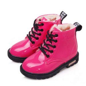 Exclusivo modelo de bota para niña