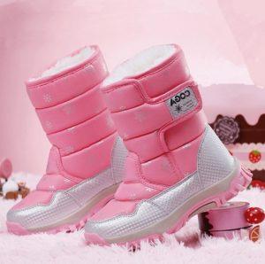 Nuevo modelo de bota para niña con pega pega