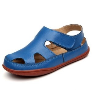 Preciosa sandalia de cuero color azulino