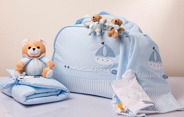 tierna maleta maternal de bebe recien nacido