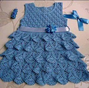 vestido tejido a crochet color acero