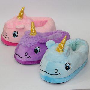 pantufla con diseño de unicornio
