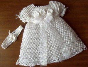vestido blanco tejido a mano