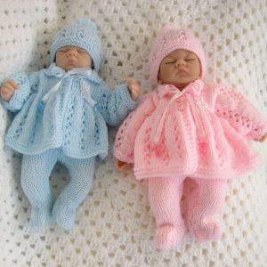 lindos ajuares de bebe tejido a mano
