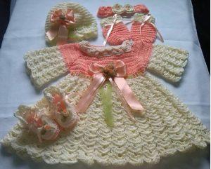 ajuar para bebe mujercita tejido a mano