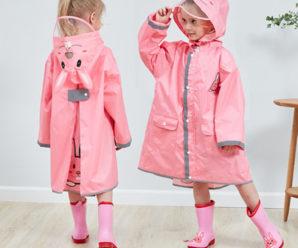 Los conjuntos más lindos de impermeables y botas para niñas
